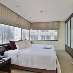 Siri Sathorn Hotel комната для гостей