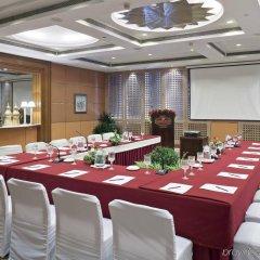 Отель Crowne Plaza Hotel Kathmandu-Soaltee Непал, Катманду - отзывы, цены и фото номеров - забронировать отель Crowne Plaza Hotel Kathmandu-Soaltee онлайн помещение для мероприятий