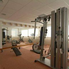 Pinos Playa Hotel фитнесс-зал