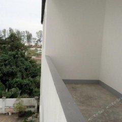 Апартаменты Arun Seaview Apartment Пхукет балкон