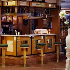 Отель Balance Hotel Leipzig Alte Messe Германия, Ройдниц-Торнберг - 1 отзыв об отеле, цены и фото номеров - забронировать отель Balance Hotel Leipzig Alte Messe онлайн гостиничный бар