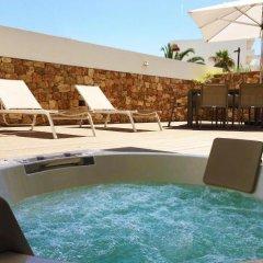 Отель B-Llobet бассейн фото 3