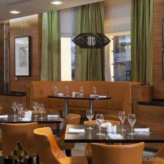 Отель Crowne Plaza London Kensington питание фото 2