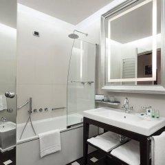 Отель UNAHOTELS Cusani Milano ванная фото 2