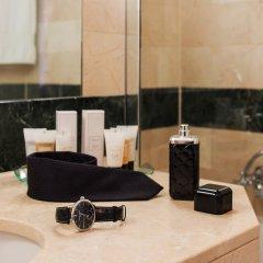 Отель Warwick Geneva Швейцария, Женева - 1 отзыв об отеле, цены и фото номеров - забронировать отель Warwick Geneva онлайн ванная