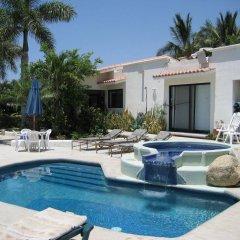 Отель Villa Sun Guadalupe бассейн
