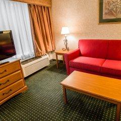 Отель Comfort Suites Wilmington комната для гостей фото 5