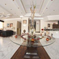 Отель La Maison Hotel Иордания, Вади-Муса - отзывы, цены и фото номеров - забронировать отель La Maison Hotel онлайн интерьер отеля