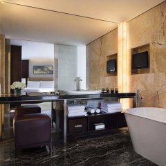 Отель JW Marriott Hotel Shenzhen Китай, Шэньчжэнь - отзывы, цены и фото номеров - забронировать отель JW Marriott Hotel Shenzhen онлайн ванная