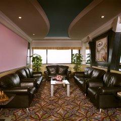 Отель The Suryaa New Delhi интерьер отеля фото 2