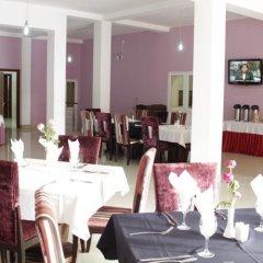 Hotel Ritz Waku-Kungo питание фото 3