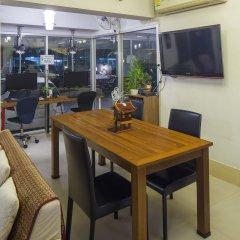 Oyo 129 Gems Park Hotel Бангкок питание фото 3