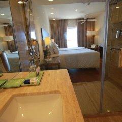 Отель Crowne Plaza Vilamoura Португалия, Виламура - 2 отзыва об отеле, цены и фото номеров - забронировать отель Crowne Plaza Vilamoura онлайн ванная