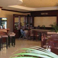 Отель Triumph Holiday Village Свети Влас гостиничный бар