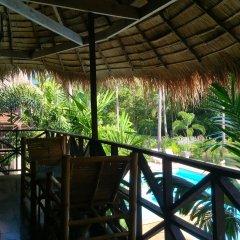 Отель Long Beach Chalet Таиланд, Ланта - отзывы, цены и фото номеров - забронировать отель Long Beach Chalet онлайн балкон