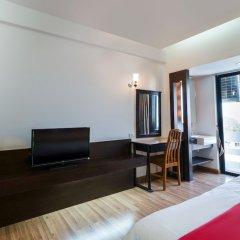 Отель Nice Bird Suite Бангкок