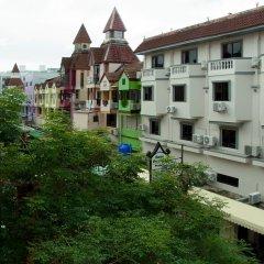Отель Niku Guesthouse Патонг балкон