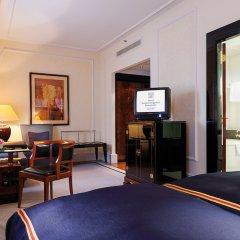 Отель Taschenbergpalais Kempinski Германия, Дрезден - 6 отзывов об отеле, цены и фото номеров - забронировать отель Taschenbergpalais Kempinski онлайн удобства в номере фото 2