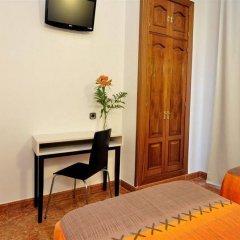 Отель Hostal Castilla I Испания, Мадрид - отзывы, цены и фото номеров - забронировать отель Hostal Castilla I онлайн