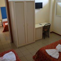 Отель Carolin Италия, Римини - 1 отзыв об отеле, цены и фото номеров - забронировать отель Carolin онлайн комната для гостей фото 4