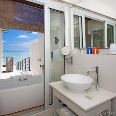 Отель Holiday Inn Resort Kandooma Maldives ванная