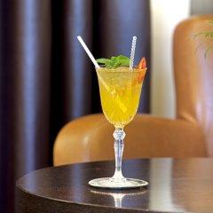 Lazart Hotel гостиничный бар