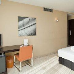 Отель ILUNION Almirante Испания, Барселона - 2 отзыва об отеле, цены и фото номеров - забронировать отель ILUNION Almirante онлайн удобства в номере фото 2