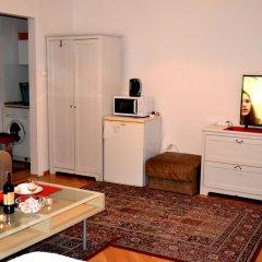 Апартаменты West Apartments Mazowiecka 7 Варшава комната для гостей фото 5