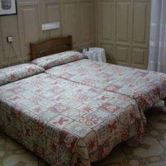 Отель Hostal Ribagorza комната для гостей фото 4