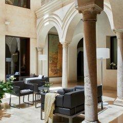 Отель Posada Del Lucero Испания, Севилья - отзывы, цены и фото номеров - забронировать отель Posada Del Lucero онлайн спортивное сооружение