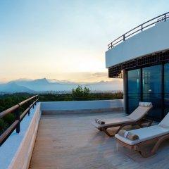 Rixos Downtown Antalya Турция, Анталья - 7 отзывов об отеле, цены и фото номеров - забронировать отель Rixos Downtown Antalya онлайн бассейн фото 2