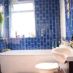 Отель 2 Bedroom Maisonette in Shoreditch ванная фото 2