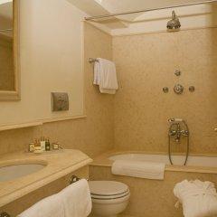 Отель Grand Hotel Majestic Италия, Вербания - 1 отзыв об отеле, цены и фото номеров - забронировать отель Grand Hotel Majestic онлайн ванная