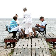 Отель Ajstrup Beach Camping & Cottages Дания, Орхус - отзывы, цены и фото номеров - забронировать отель Ajstrup Beach Camping & Cottages онлайн приотельная территория фото 2