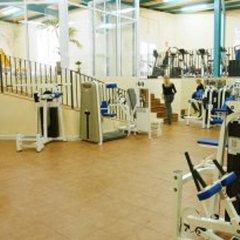Отель Bahia Tropical Альмуньекар фитнесс-зал