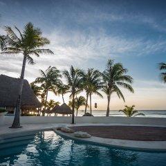 Отель Mahekal Beach Resort бассейн фото 3