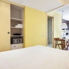Апартаменты Inside Barcelona Apartments Esparteria сейф в номере