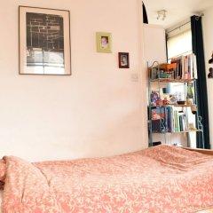 Отель Spacious Studio Apartment in Portobello Road Великобритания, Лондон - отзывы, цены и фото номеров - забронировать отель Spacious Studio Apartment in Portobello Road онлайн комната для гостей фото 4