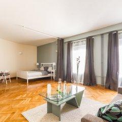 Апартаменты Big Italy Apartment 200m2 комната для гостей фото 2
