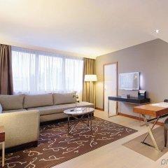 Отель Crowne Plaza Paris - Neuilly комната для гостей фото 3