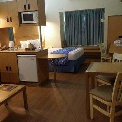 Отель Microtel Inn And Suites Davao Филиппины, Давао - отзывы, цены и фото номеров - забронировать отель Microtel Inn And Suites Davao онлайн удобства в номере фото 2