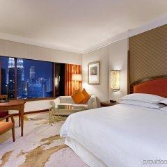 Отель Sheraton Imperial Kuala Lumpur Hotel Малайзия, Куала-Лумпур - 1 отзыв об отеле, цены и фото номеров - забронировать отель Sheraton Imperial Kuala Lumpur Hotel онлайн комната для гостей фото 2