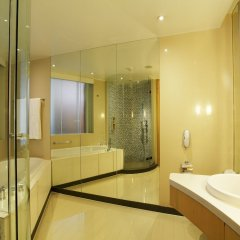 Отель Centara Grand at CentralWorld ванная фото 2