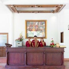 Отель Royal Lanta Resort & Spa интерьер отеля