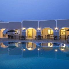 Отель Maistros Village Греция, Остров Санторини - отзывы, цены и фото номеров - забронировать отель Maistros Village онлайн бассейн