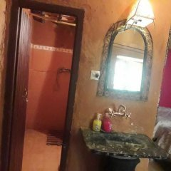 Отель Camels House Марокко, Мерзуга - отзывы, цены и фото номеров - забронировать отель Camels House онлайн ванная фото 2
