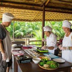 Отель Hoi An Coco River Resort & Spa питание