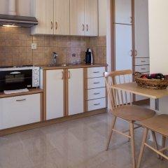 Апартаменты Krouzeri Beach Apartments в номере