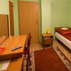 Отель Pokoje Gościnne Akropol Польша, Познань - отзывы, цены и фото номеров - забронировать отель Pokoje Gościnne Akropol онлайн сейф в номере