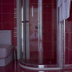 Family Hotel Madrid София ванная